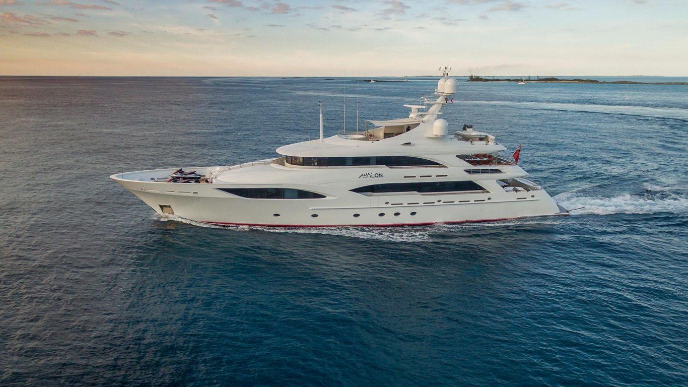 Yacht Avalon 151 | Yachts