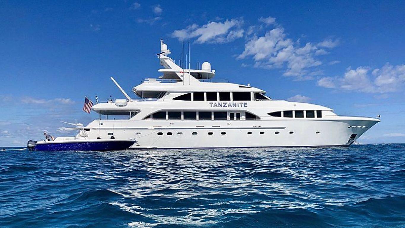 Yacht Tanzanite 145   Yachts