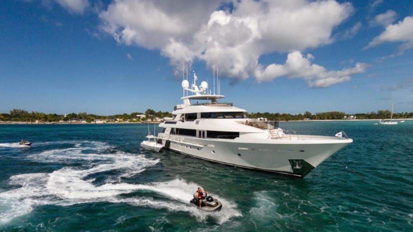 Yacht W 130 | Yachts