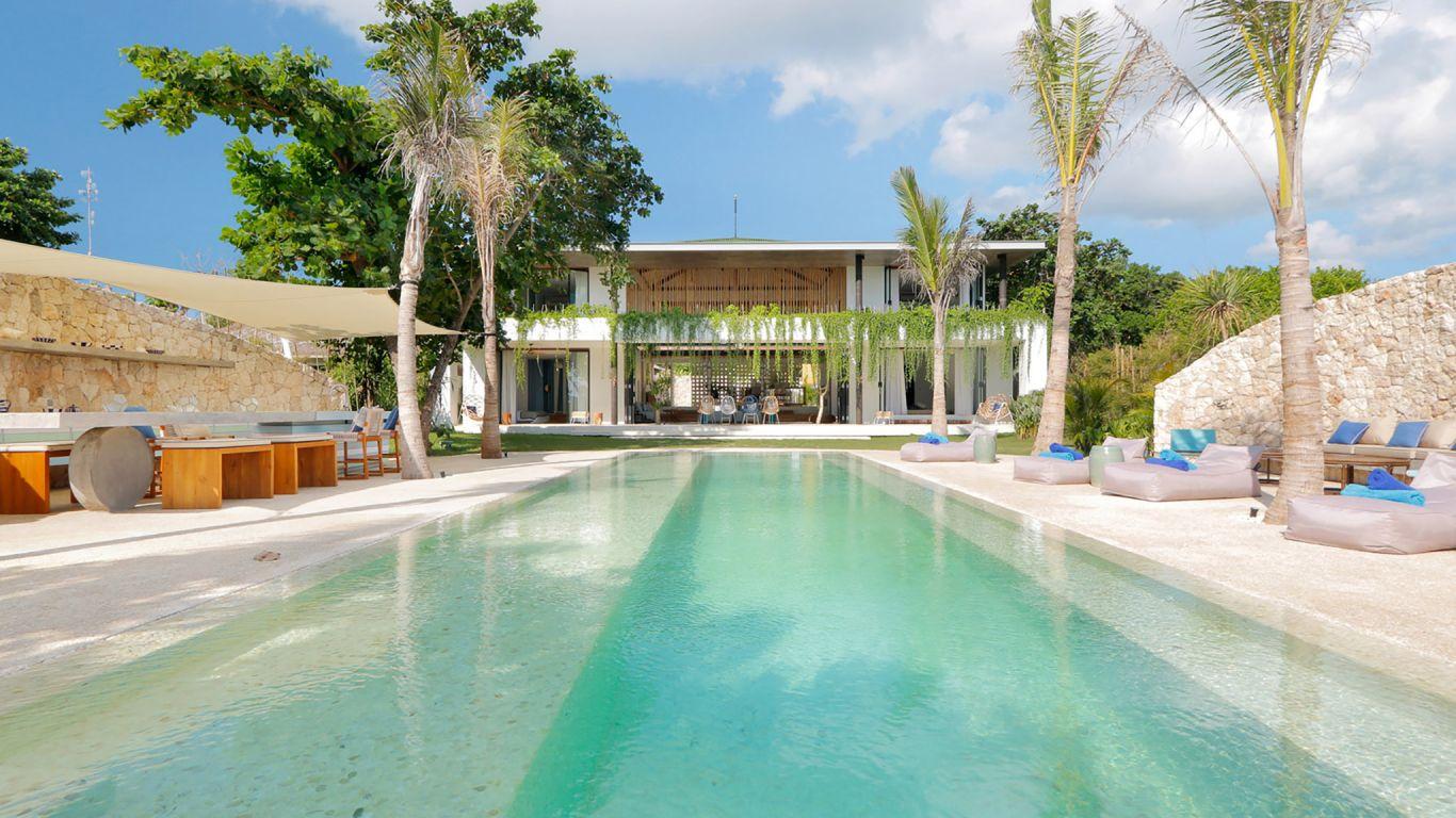 Villa Seascape   Bali