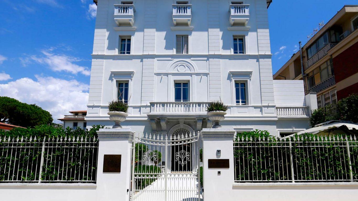 Villa La Datcha Forte Dei Marmi | Forte dei Marmi