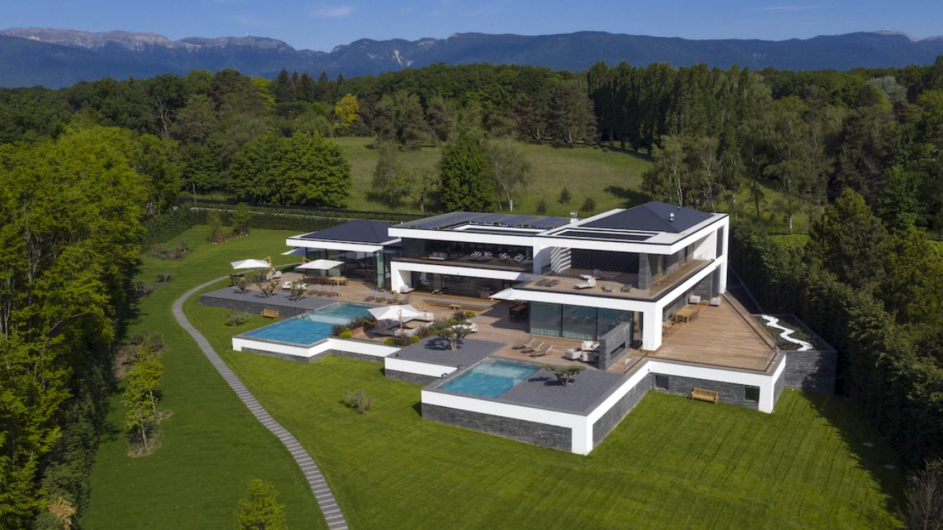 Ultima Grand Villa | Geneva