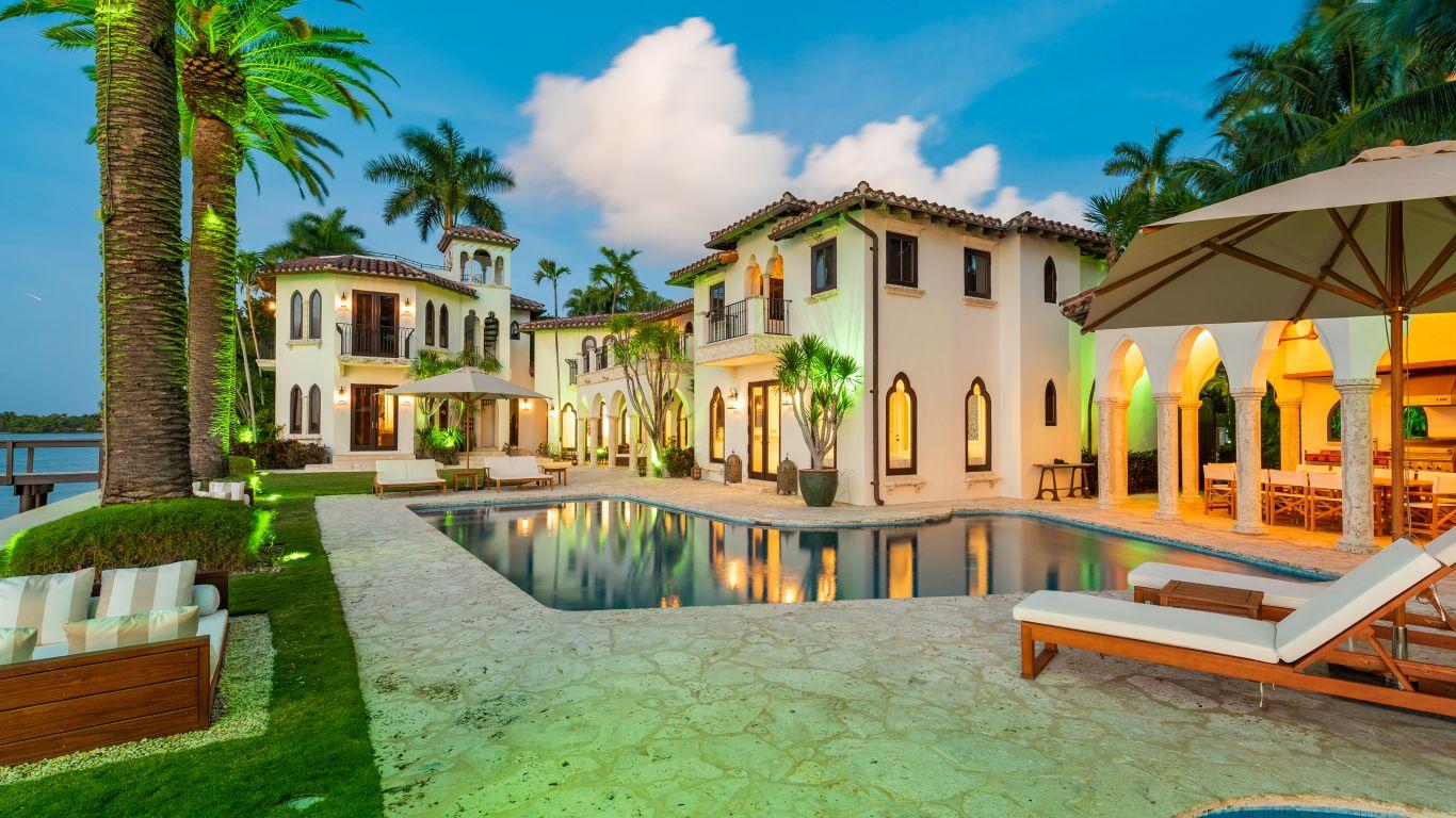 Villa Camila | Miami
