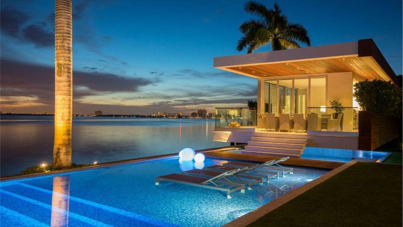 Villa Roxanne Miami Five Star Full Service Vacation
