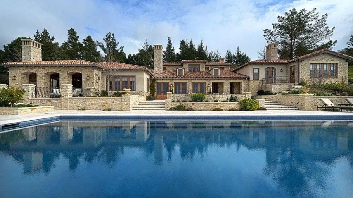 Villa Caroline | Carmel