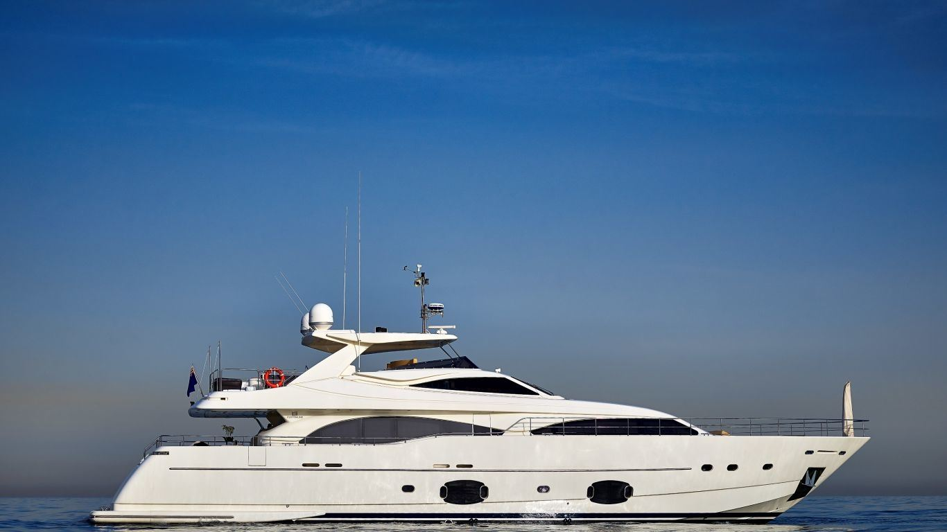 Yacht Aquaholic 97 | Yachts