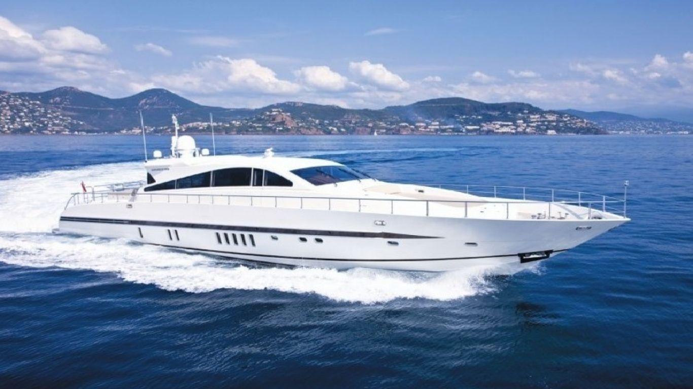 Yacht Caramia 88   Yachts