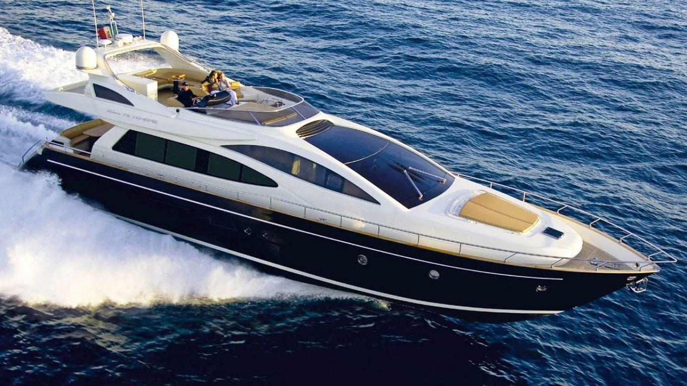 Yacht Dolce Mia 76 | Yachts