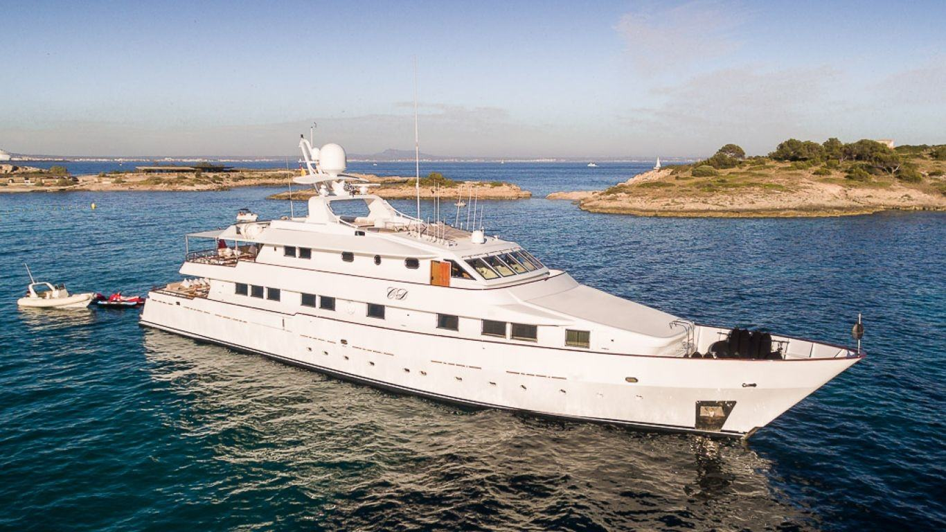 Yacht CD Two 141 | Yachts