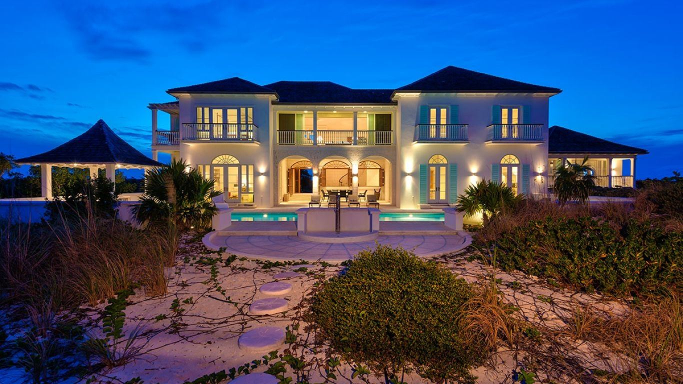 Villa Evelyn | Turks and Caicos