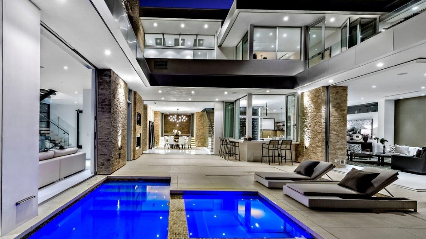 Villa Liliana | Los Angeles