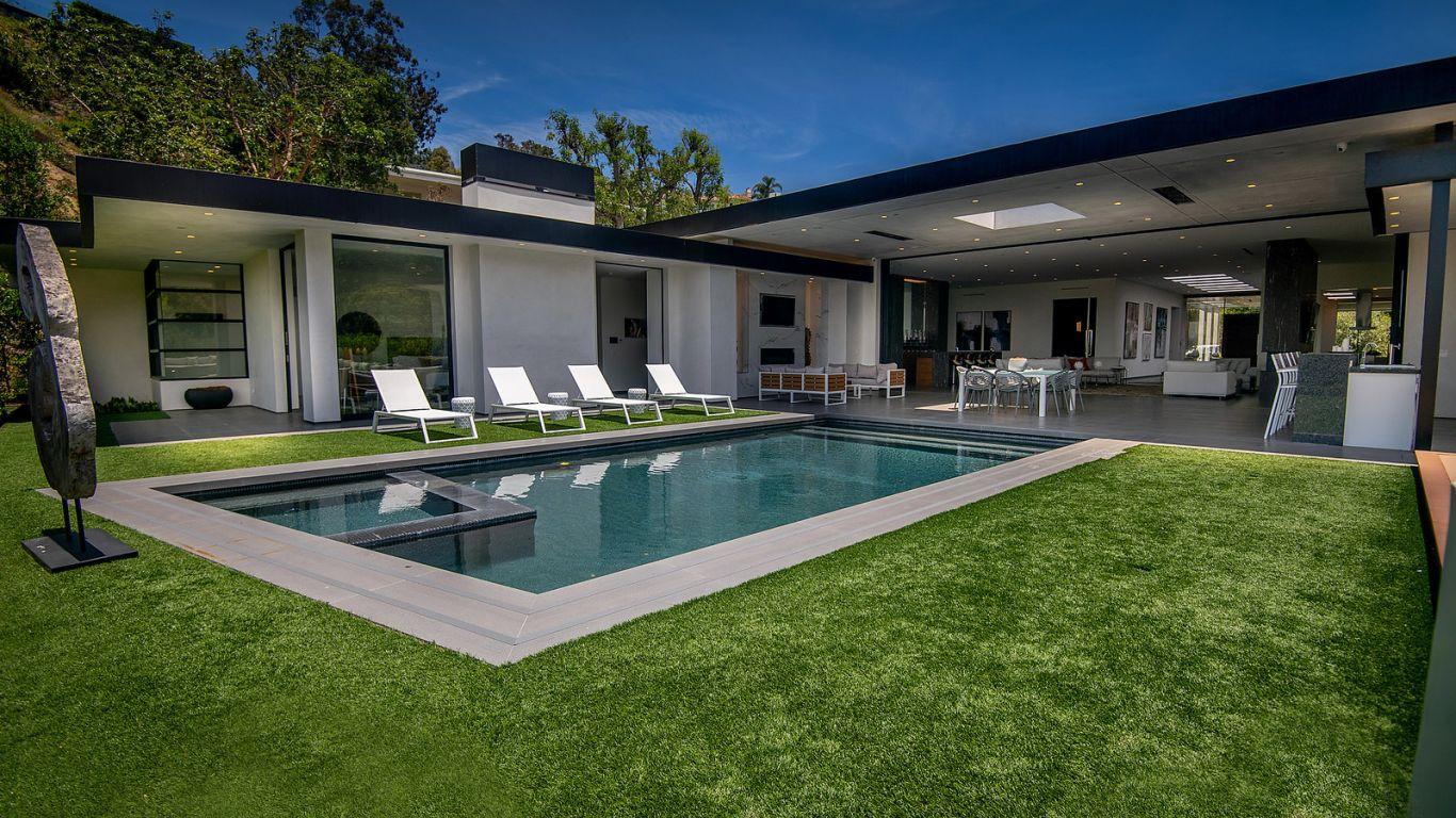 Villa Rihanna, Beverly Hills, Los Angeles, USA