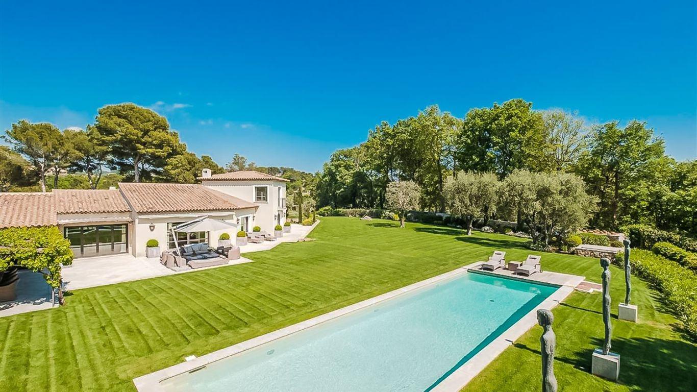 Villa Bernadette, Mougins, Cannes, France