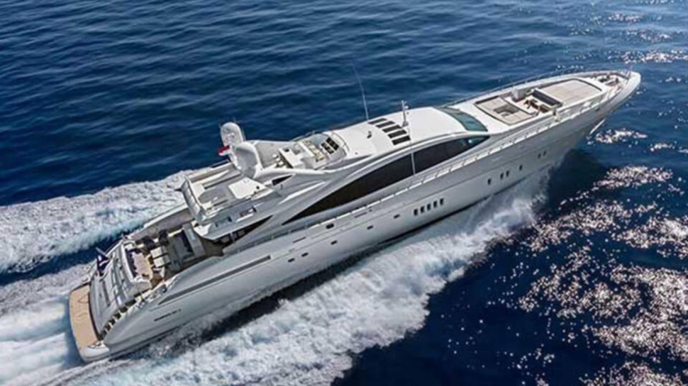 Yacht Mangusta 165 | Yachts