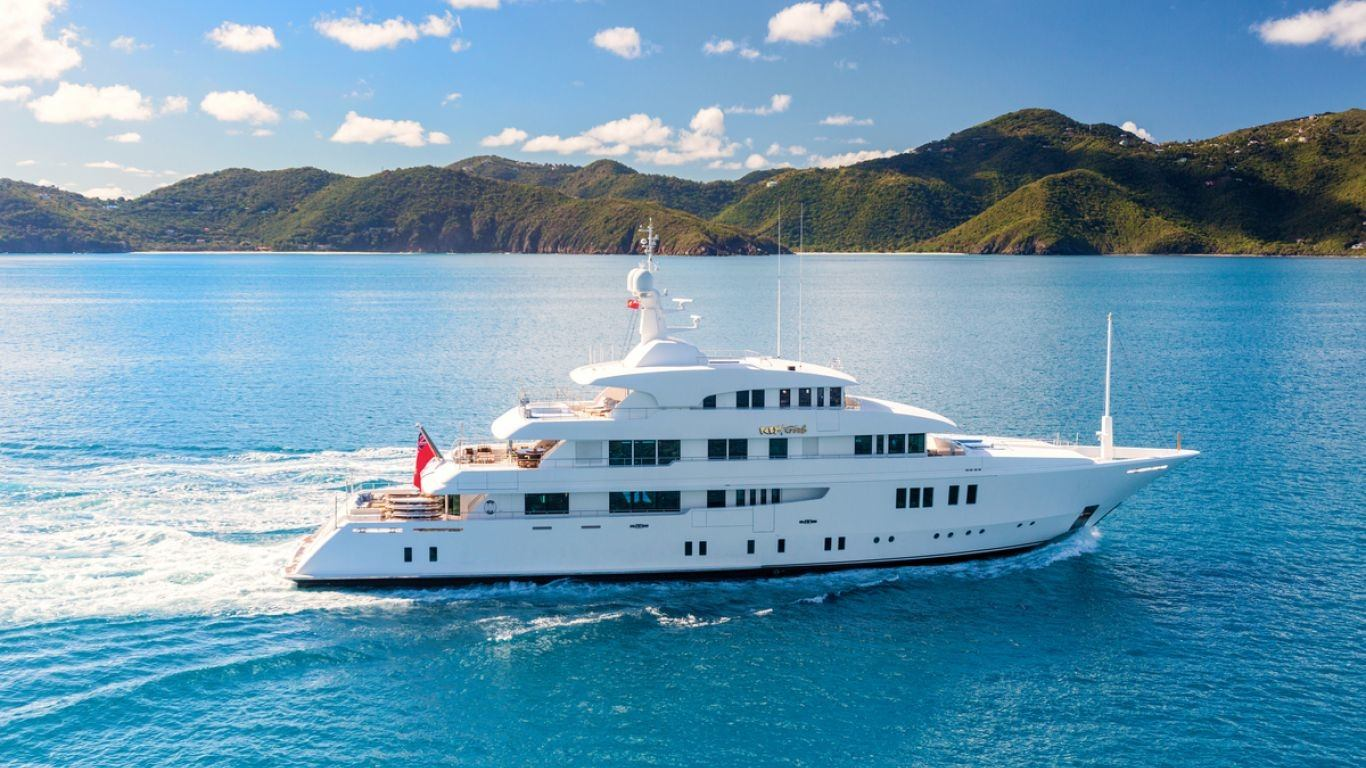 Yacht Party Girl 205 | Yachts