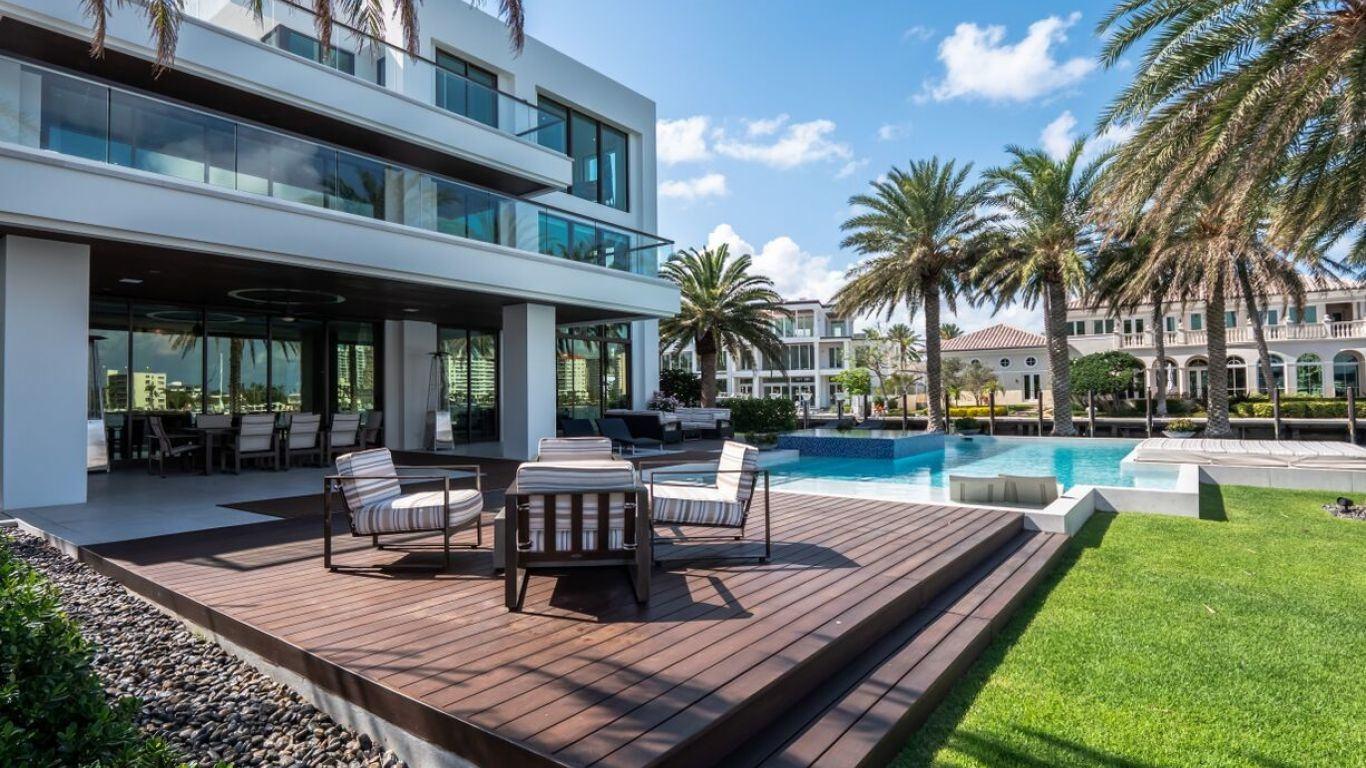 Villa Athena   Miami