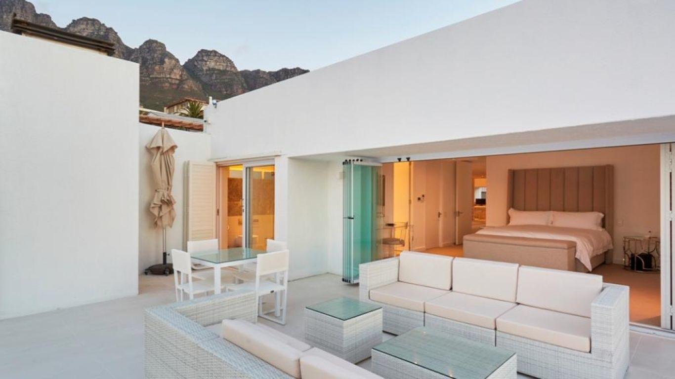 Villa Chrissy, Camps Bay, Cape Town, South Africa