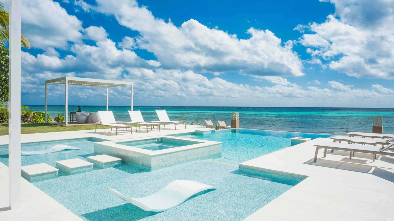Tranquility Cove | Cayman Islands